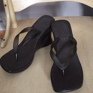 Heeled flip flops!